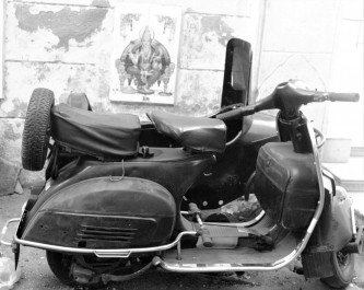 Scooter with Sidecar (Retro)